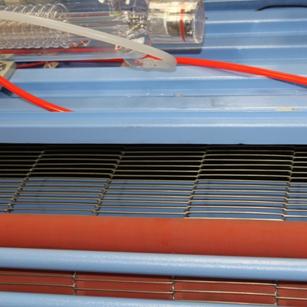 1600x1000mm Size Auto Feeding Machine Textile Leather Laser Cutting Machine
